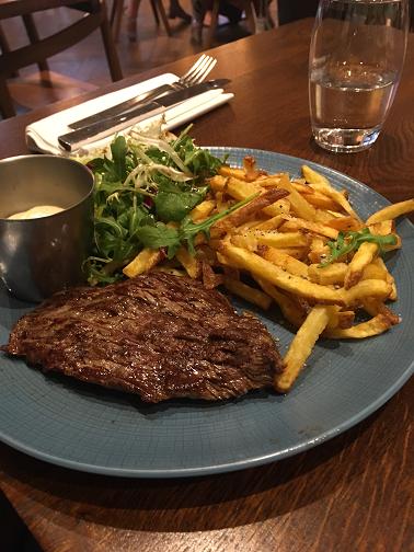 La Quid Du 7eme Steak and Fries at www.mywonderfulworld.co.uk